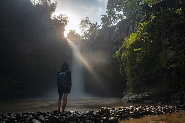 Air Terjun Tegenungan Bali - Fasilitas Wisata, Harga Tiket Masuk, Rute