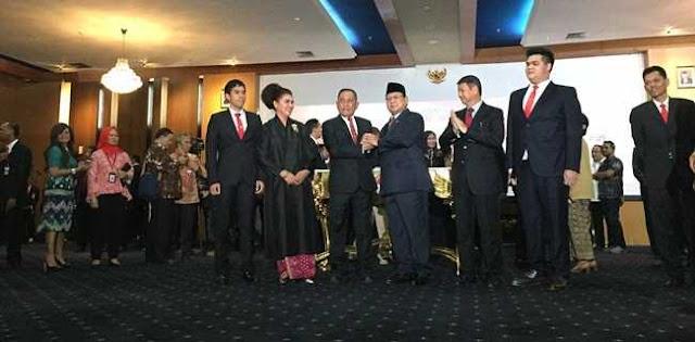 Jabatan Menhan Berat, Ryamizard Berharap Prabowo Dapat Hidayah