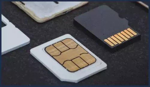 تنظيف فتحة بطاقة SIM
