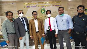 Tim Kuasa Hukum Feri Sofiyan Resmi Ajukan Praperadilan di PN Bima