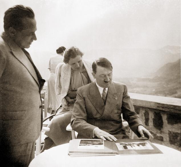 Eva Braun worldwartwo.filminspector.com