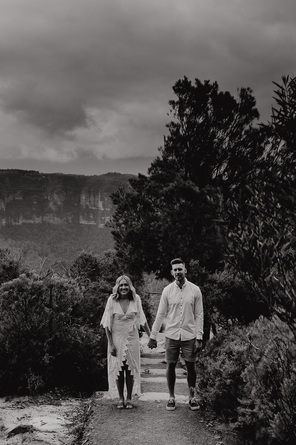 wild feathers creative photography blue mountains nsw bridal hair couple shoot