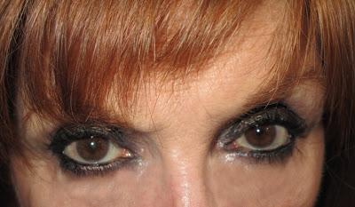 Imagen Look Nochevieja ojos abiertos