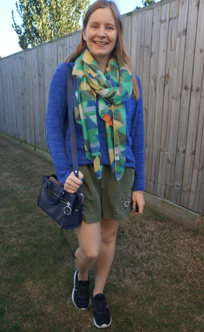 cobalt marle knit jumper with olive embroidered shorts green patchwork scarf early winter outfit | away from the blue
