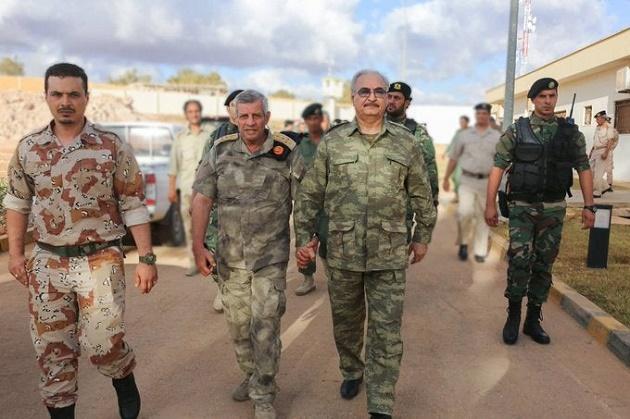 Aπειλές Ρώσων σε Χαφτάρ: «Μας γελοιοποίησες» – «Θα είσαι ένα τίποτα εάν σταματήσουμε να σε στηρίζουμε στην Λιβύη»!
