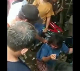Viral, Juru Parkir Pukuli Wanita Diduga Copet di Pajak Melati, Warganet Geram!