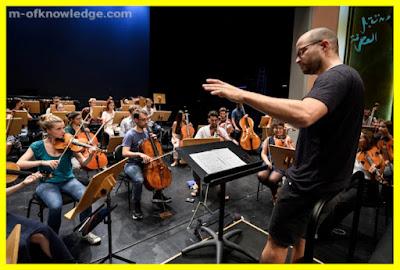 ذكاء إصطناعي ينتج مقطوعة موسيقية مستوحاة من نوتات السيمفونية العاشرة غير المكتملة للموسيقار الألماني الشهير بيتهوفن Beethoven