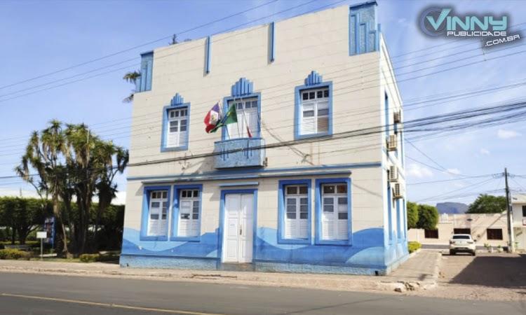 Homem é encontrado morto em frente à Prefeitura Municipal de Barra da Estiva