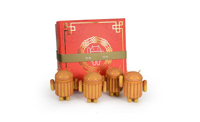 Mooncake Android Mini Vinyl Figure Box Set by Andrew Bell