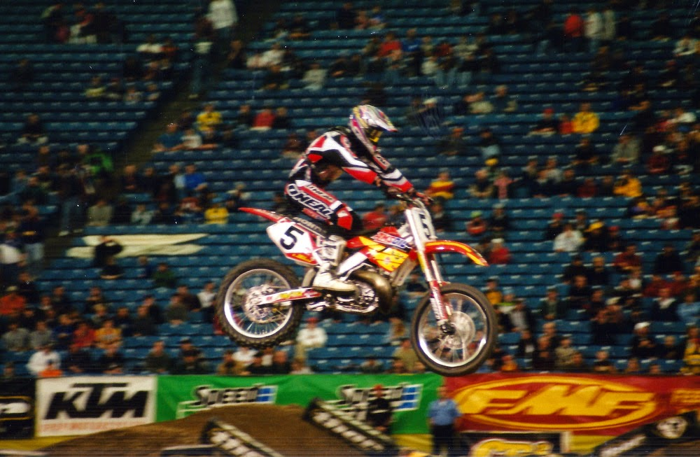 Mike LaRocco Pontiac Supercross 2001