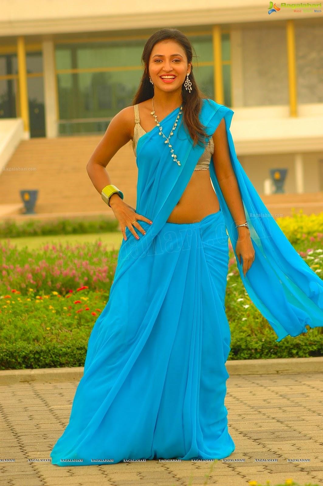 Telugu Actress Sarayu Latest Hot Navel Show Photos In