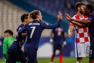 Barcelona striker Antoine Griezmann join the list of all-time best goalscorers for France