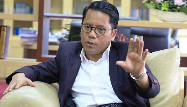 Dirjen Pendidikan Islam Kementerian Agama RI,  Prof. Dr. Phil. H. Kamaruddin Amin MA