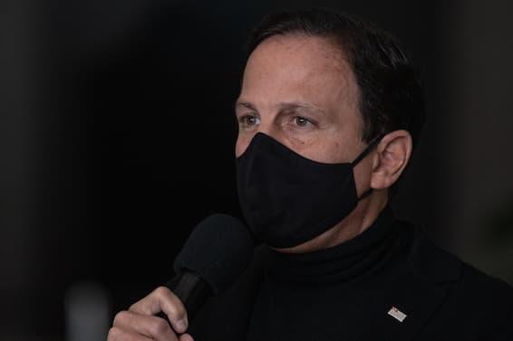 Líder do PSDB na Câmara de SP impõe revés a Doria e declara apoio a Leite