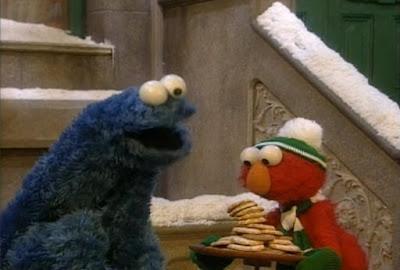 Elmo, Cookie Monster. Sesame Street Elmo Saves Christmas