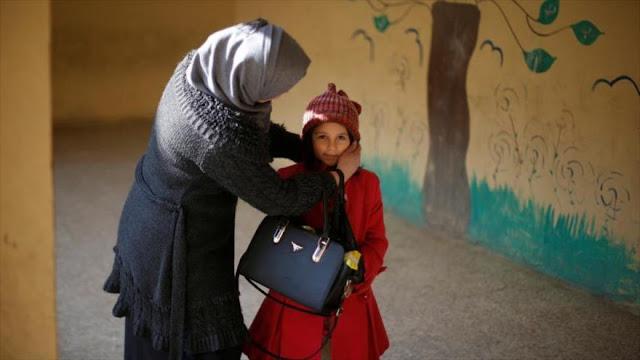 Niños iraquíes vuelven a escuela tras liberación de este de Mosul
