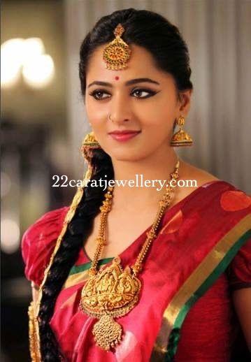 Anushka Shetty Gold Temple Jewelry