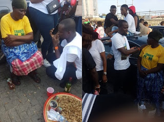 #EndSars Protesters Raise Over N2million For Groundnut Seller At Lekki Toll Gate (VIDEO)