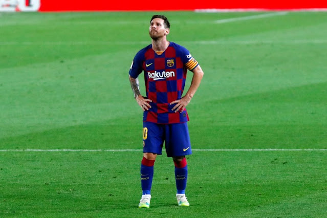 "Lionel Messi tried to leave FC Barcelona during the summer transfer window, to no avail. Michel Platini felt that the Barcelona captain might have desires elsewhere, but that the timing was poorly chosen.  FC Barcelona: need a change for Lionel Messi? The crisis between Lionel Messi and FC Barcelona was the biggest soap opera of the summer transfer window, all championships combined. Disappointed with Barça's setback in recent seasons (repeated failures in the Champions League, loss of the La Liga title, humiliation against Bayern Munich ...), the Argentine genius wanted to leave this summer. For the Argentinean, his free departure was possible, despite his contract valid until next June, thanks to a clause in his contract. But Josep Maria Bartomeu and his staff forcibly withheld the six-time Ballon d'Or, accused of misunderstanding the clause in question. Asked about the crisis between the two sides, Michel Platini initially recognized a probable desire elsewhere of the native of Rosario. ""Messi represents Barcelona. He needed to feel something new, maybe, ""he said in a video made for Festival dello Sport.  Michel Platini spits his truths on the Argentinian If the departure of Lionel Messi was blocked, Michel Platini does not seem offended. For the former UEFA president, it was ""complicated"" for the Argentine to leave FC Barcelona during the summer transfer window. ""It's not just about the club or the player's wish. There is a contract, there is money, ""said the former European football boss. Moreover, for the former captain of the France team, any player who ""intends to leave one day"" should ""sign a shorter contract"" of ""three years instead of four"". Finally, Michel Platini, who recalled that he had always honored his contract before deciding where he wanted to play, seems to think that Lionel Messi should do the same, instead of wanting to leave when his contract is not yet finished."