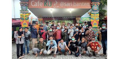 Sejumlah Pelajar SMA, SMK dan Mahasiswa asal Papua yang ada di Provinsi Banten, menggelar kegiatan silaturahmi, di Café Ku, Sari Banten, Kota Serang, Banten, Kamis, 18 Maret 2021.