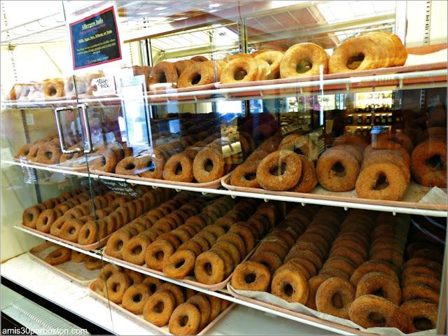 Supermercado de la Cider Hill Farm: Cider Donuts