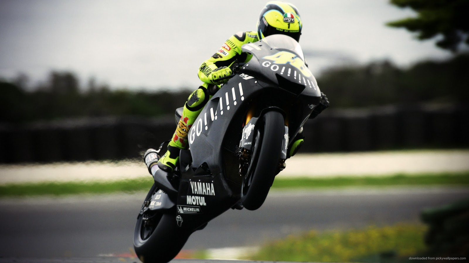 Wallpaper iphone valentino rossi - Hd Wallpaper Valentino Rossi Super Keren Pc Dan Smartphone Iphone Dibingkai Com