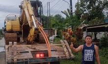 Babhinsa Koramil 06 Samalantan Kodim 1202 Singkawang Membantu Masyarakat Membuat Jalan Dan Gorong-Gorong untuk Warga Yang Masih Terisolir