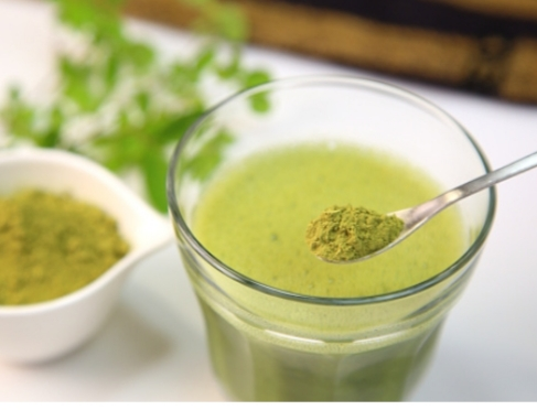 Moringa Powder- A superfood,uses, fat burn, weight loss, many more.
