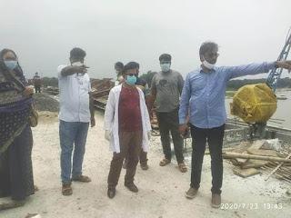 শিবগঞ্জে তর্ত্তিপুর ব্রীজ নির্মাণ কাজ পরিদর্শনে এমপি-মেয়র
