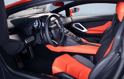Lamborghini Aventador Features: Bluetooth, Air Conditioner. Speakers