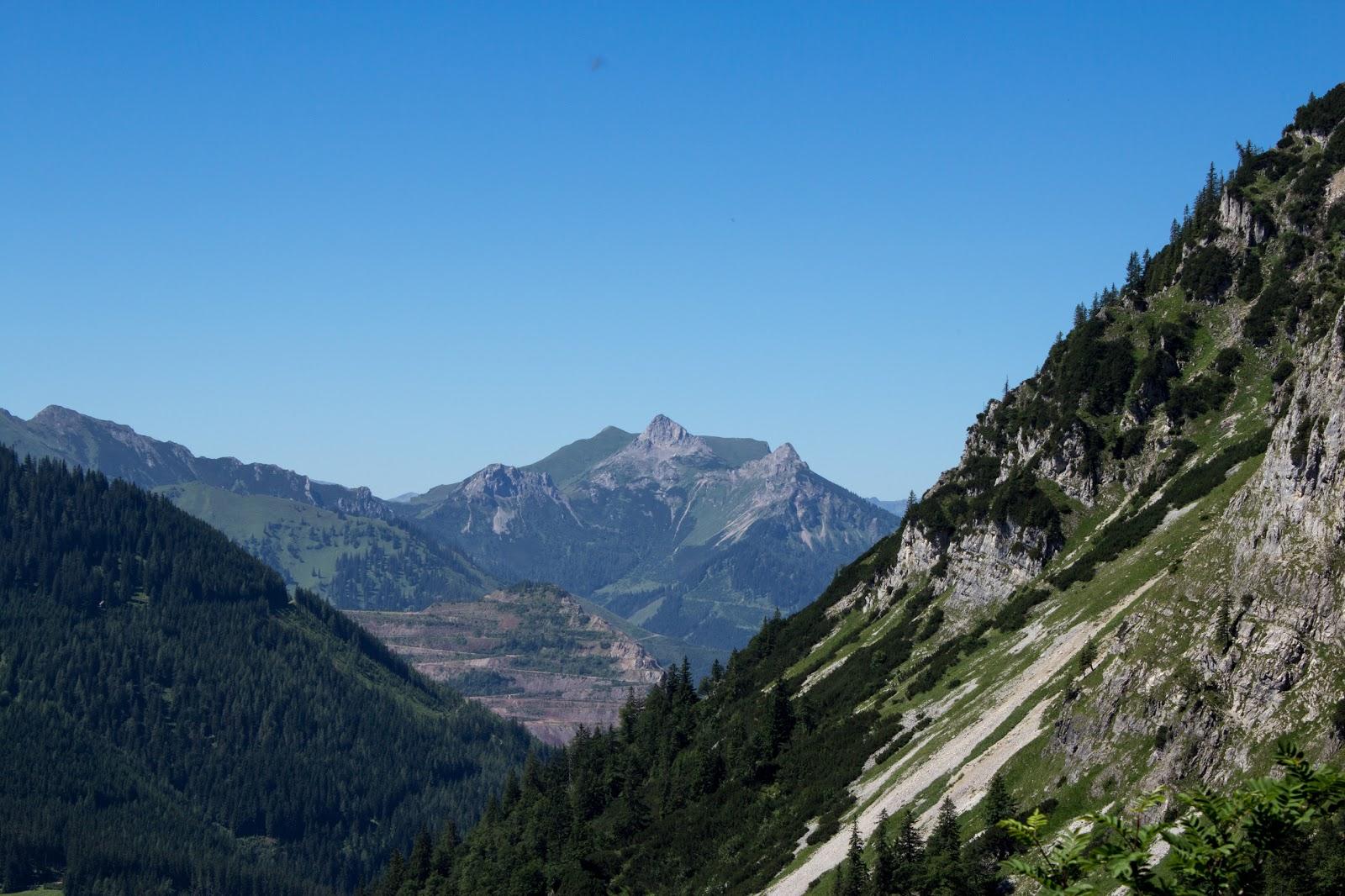 Zweitägige Wanderung von der Gsollkehre in Eisenerz über die Gsollalm zum Brandstein und weiter über Fobisalm und Hinterseeau zum Leopoldsteinersee