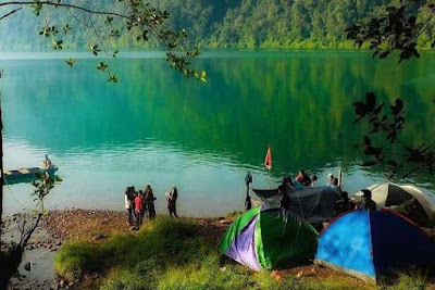 danau gunung tujuh jambi