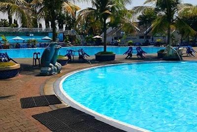 kolam renang cemara asri