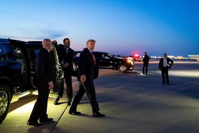 Ο Τραμπ παρέδωσε τα κλειδιά του Λευκού Οίκου στον Ερντογάν