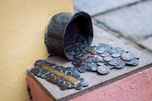 Kłajpeda; Litwa; Lietuva; Klaipeda; Lithuania; pieniądze; money; pinigai