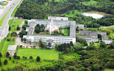 A foto área da   Faculdade de Filosofia Nossa Senhora da Imaculada Conceição-FAFIMC-RS.