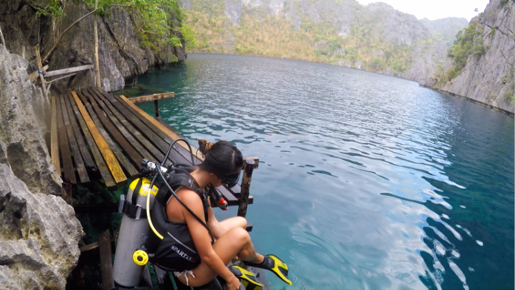 Euriental | fashion & luxury travel | Philippines, Palawan, scuba diving at Barracuda Lake