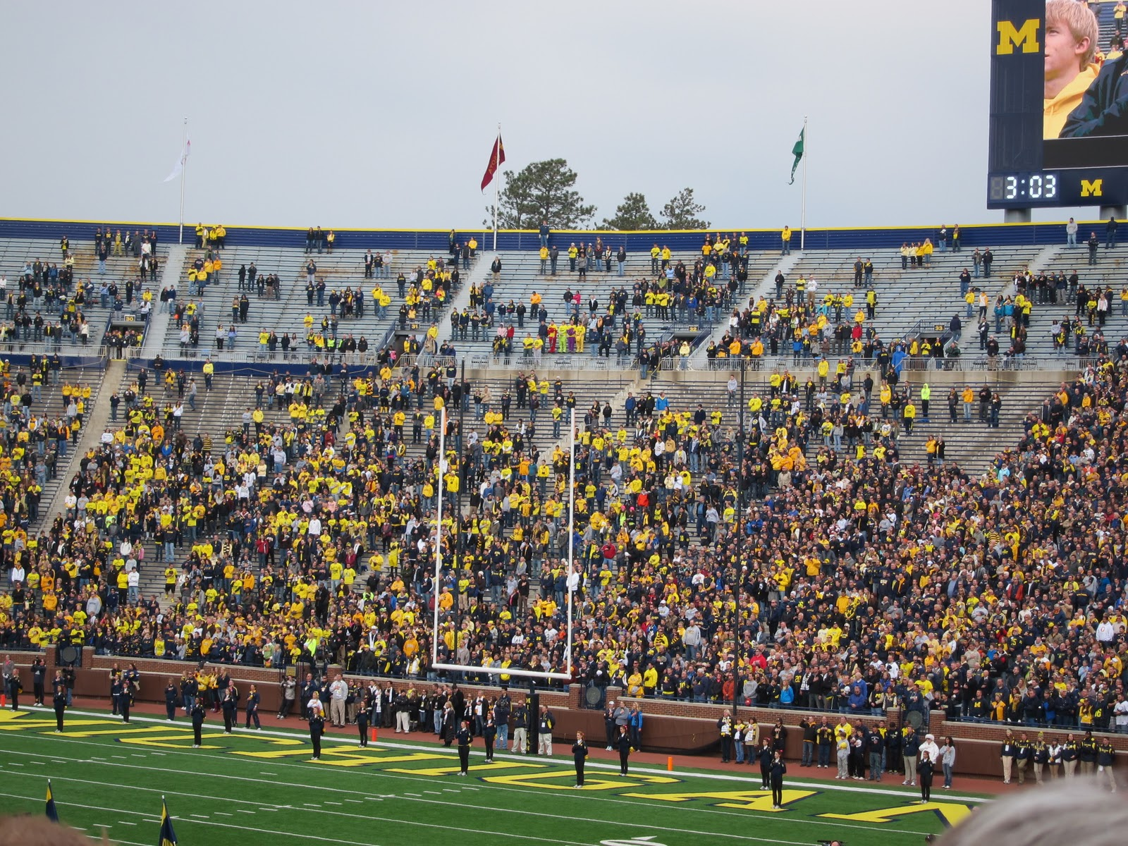 College Football Blog Michigan Student Section Fail
