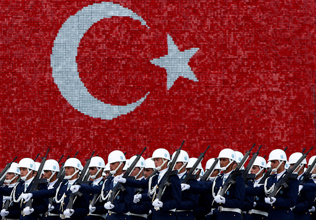 Image Attribute: Turkish air force cadets march during a graduation ceremony for 197 cadets at the Air Force war academy in Istanbul, Turkey, August 31, 2009.  REUTERS/Murad Sezer/File Photo