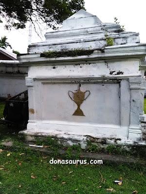cagar budaya makam inggris