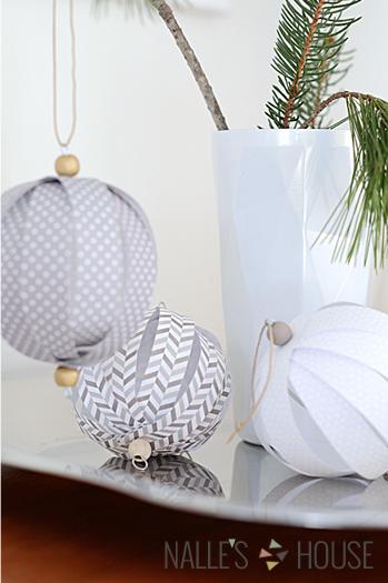 Paper ball Christmas