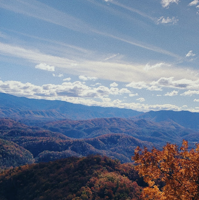 foothills parkway in fall - tennessee