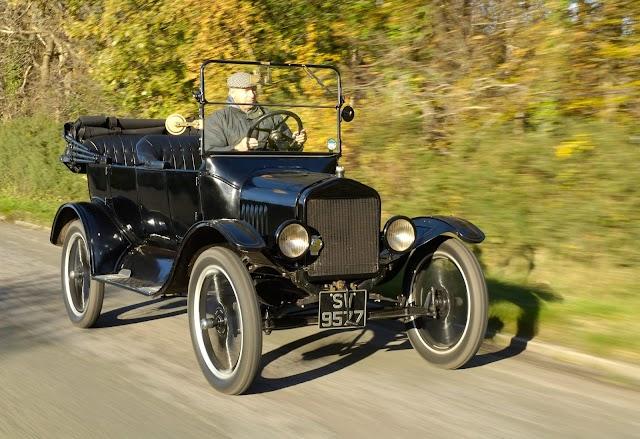Üzemképes Ford T-modell került a Közlekedési Múzeum tulajdonába