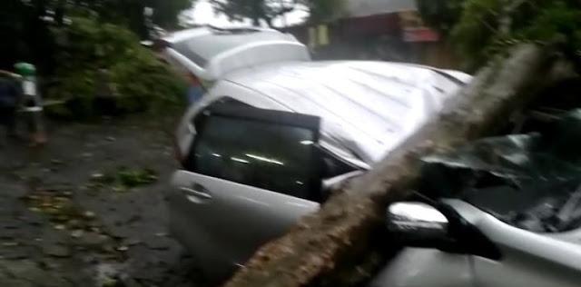 "Video Angkot Terobos Badai Bogor, Warga Langsung Teriak 'Allahu Akbar!"""