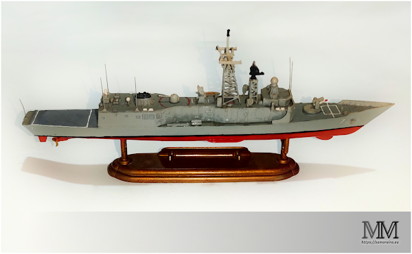 Fragata - USS Oliver Hazard Perry (FFG 7)