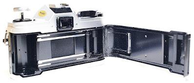 Canon AT-1 (Chrome) Body #042