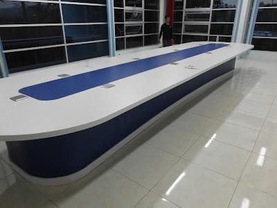 Meja Rapat Oval Panjang + Furniture Semarang