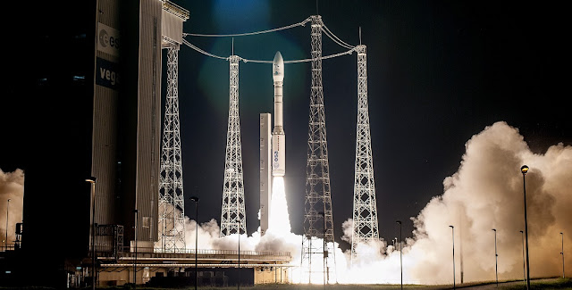 Vega lifts off from the Spaceport for its August 1 mission at the service of Italy, Israel and France. Flight VV10. OPTSAT-3000 and Venµs. Credit: Arianespace