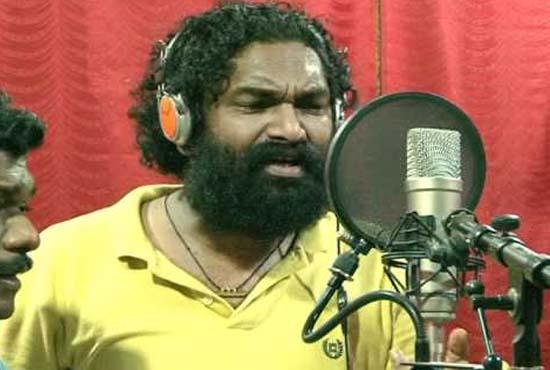 Malayalam Poet and Lyricist Anil Panachooran died of heart attack