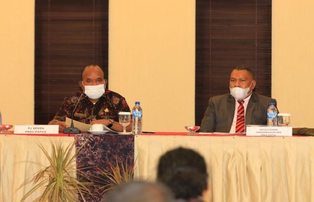 Doren Wakerkwa Rilis 1051 Nama Lulusan Peserta Beasiswa Otsus Papua 2009-2020.lelemuku.com.jpg